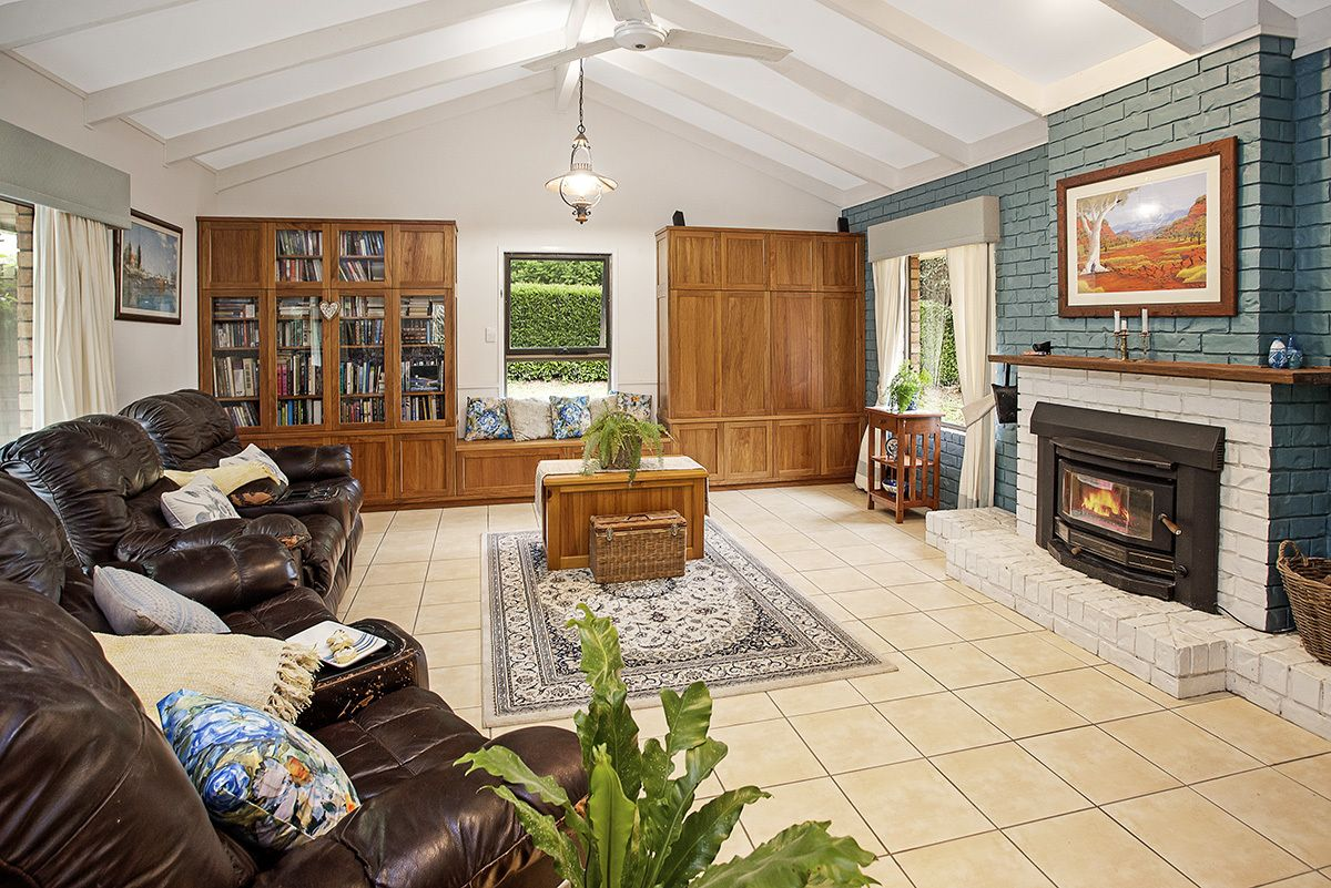 33 Mary Cairncross Ave, Maleny QLD 4552, Image 2