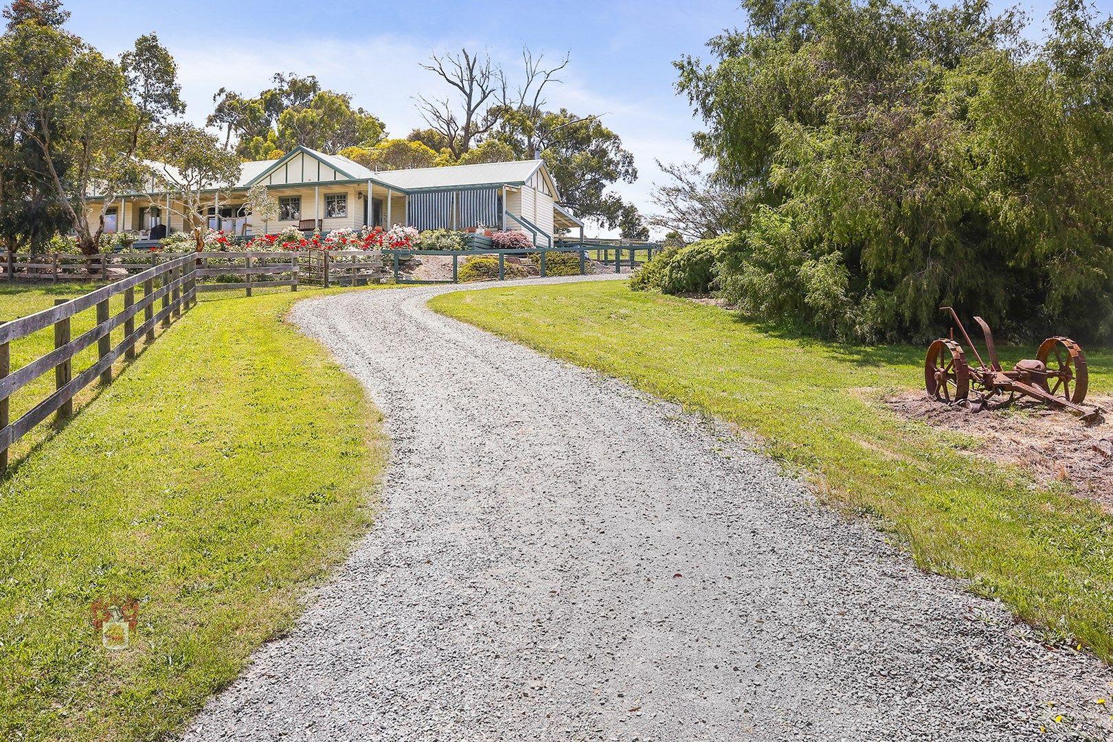 17 Two Hills Road, Glenburn VIC 3717, Image 1