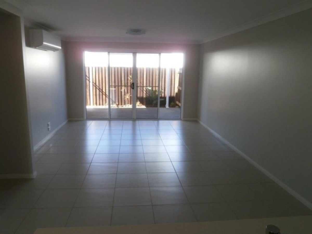 3/9 Wapiti Street, Kearneys Spring QLD 4350, Image 2
