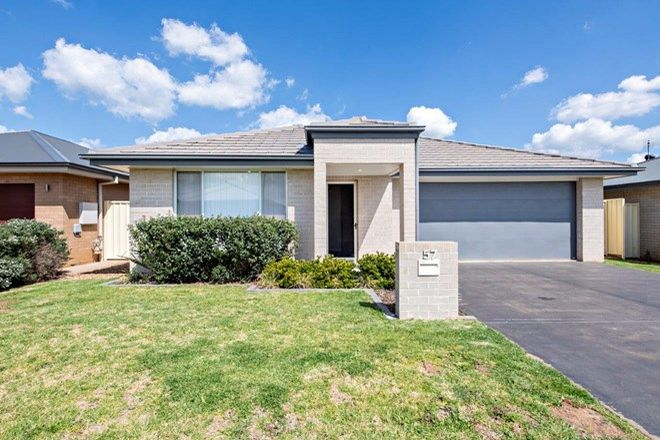Picture of 57 Page Avenue, DUBBO NSW 2830