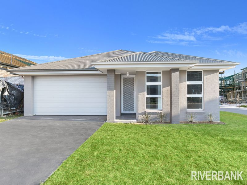 38 Kingsbury Road, Edmondson Park NSW 2174, Image 0