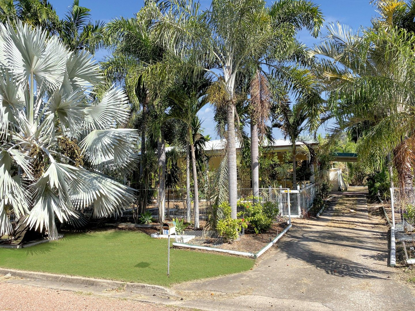 16 Compass Cres, Nelly Bay QLD 4819, Image 0