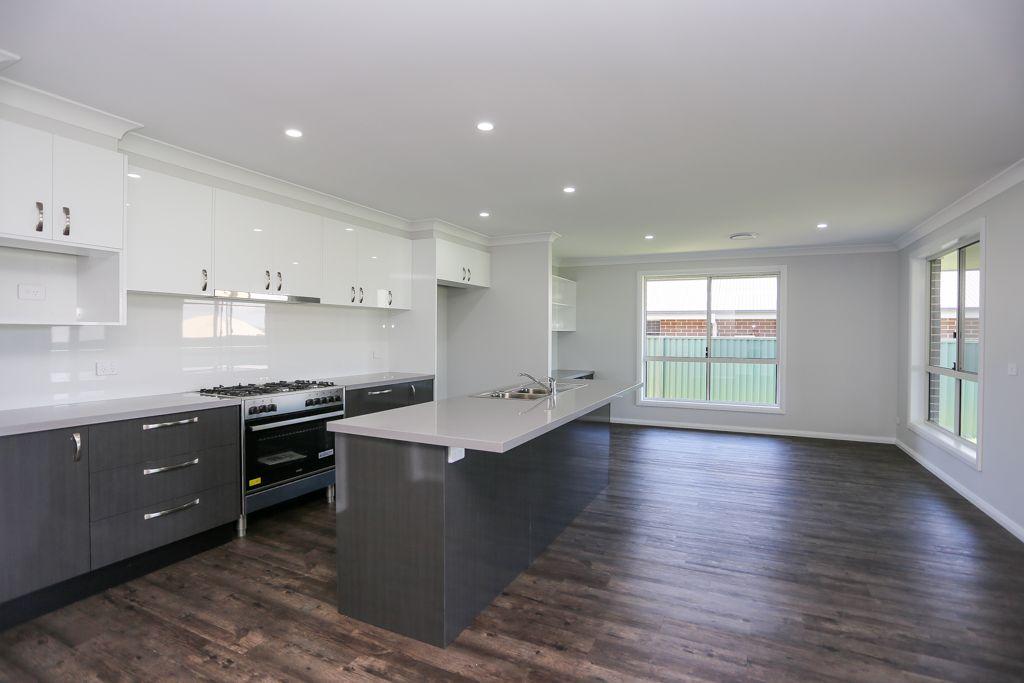 26 Fraser Drive, Eglinton NSW 2795, Image 1