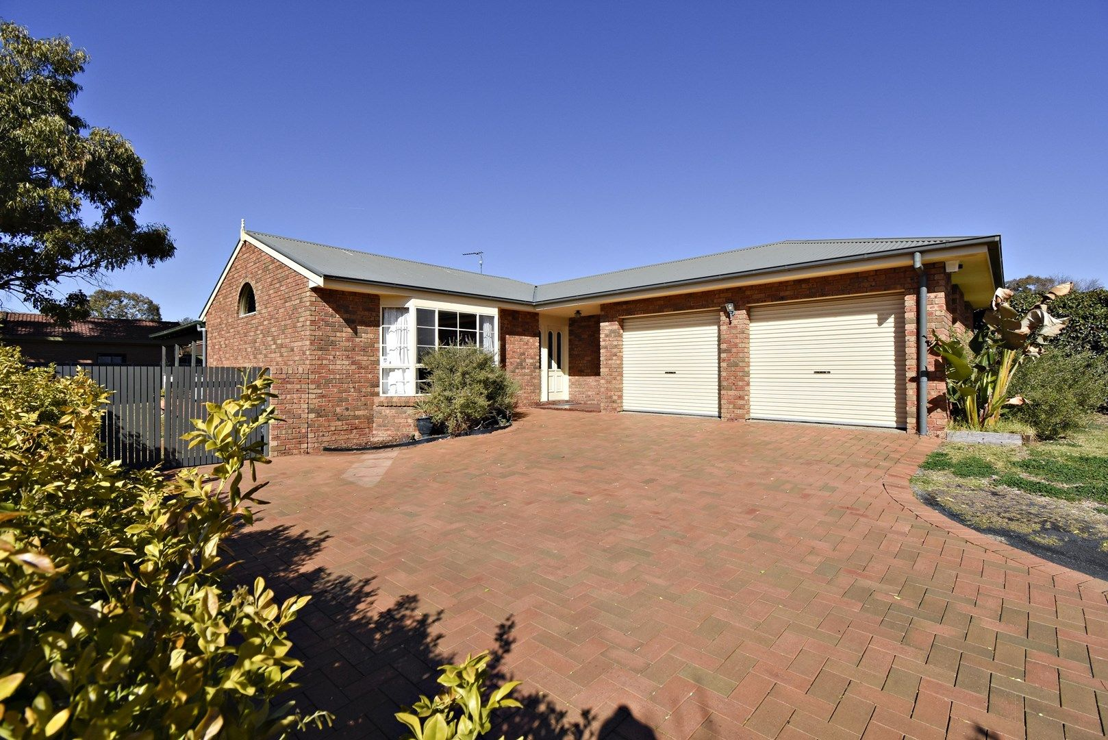10 Ingrid Place, Dubbo NSW 2830, Image 0