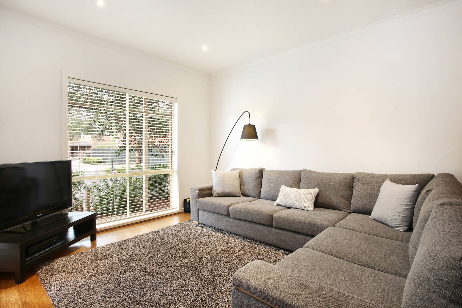 4/19 Sovereign Place, Wantirna South VIC 3152, Image 2