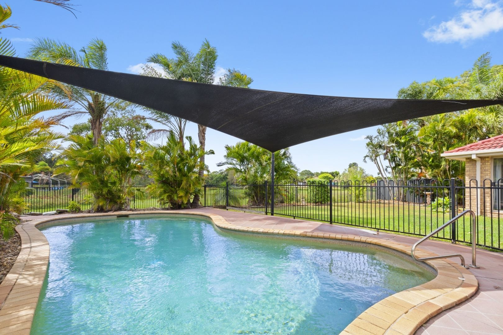 26 Kingaroy Avenue, Helensvale QLD 4212, Image 0