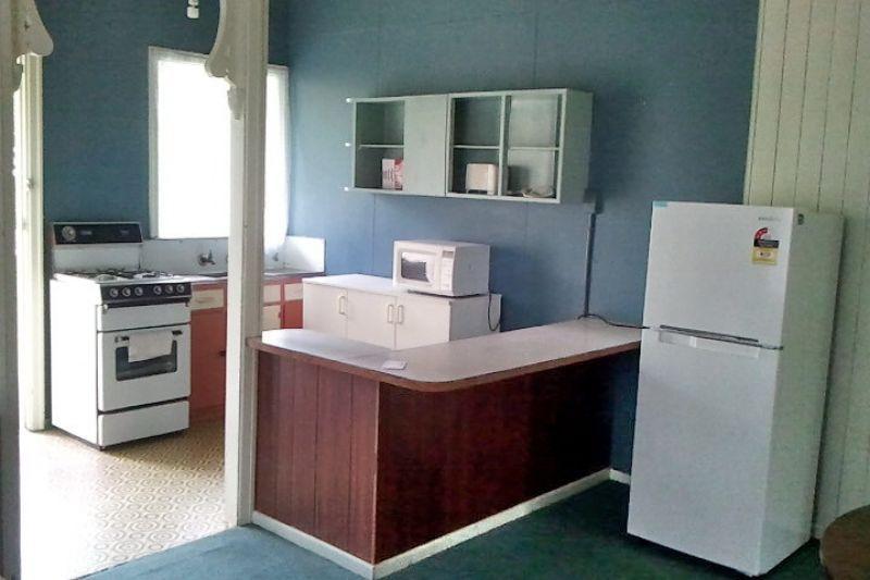 2/38 Lockhart St, Woolloongabba QLD 4102, Image 1