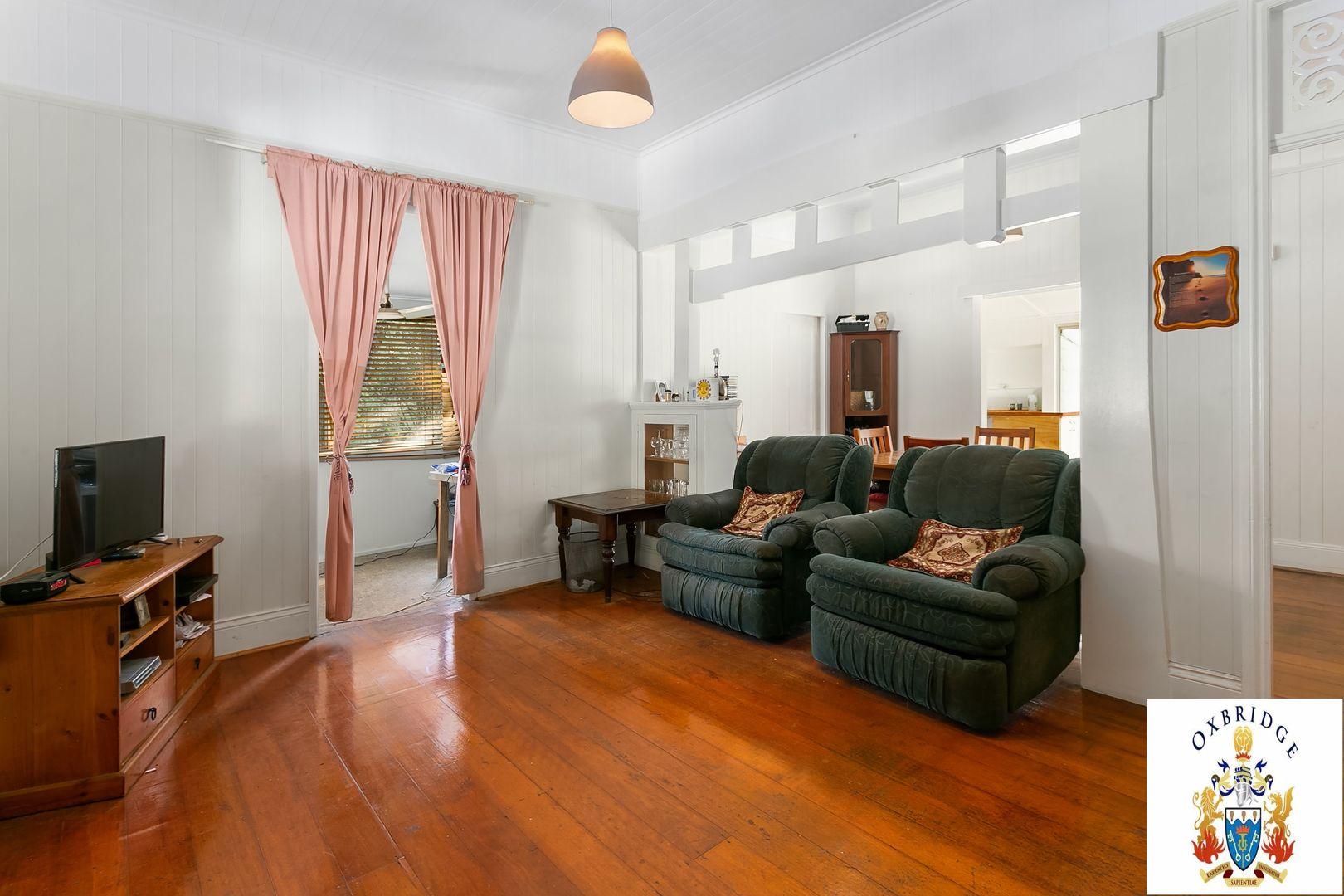 30 Mary Street, Blackstone QLD 4304, Image 2