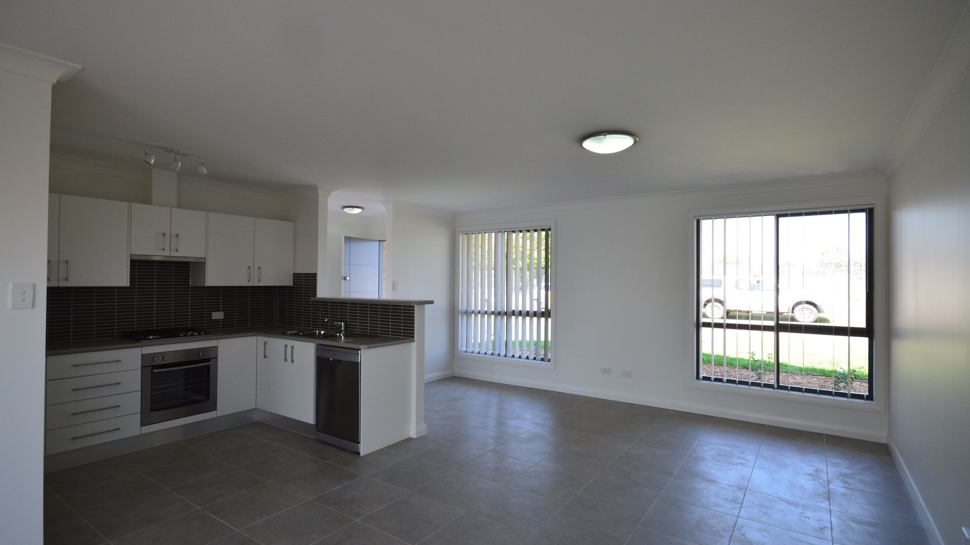29 Evans Street, Cessnock NSW 2325, Image 2