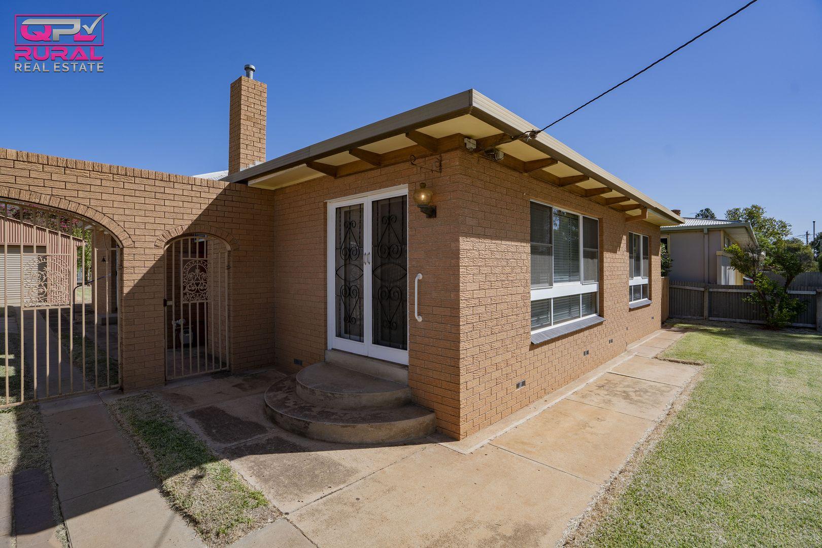 40 Riverine Street, Narrandera NSW 2700, Image 0