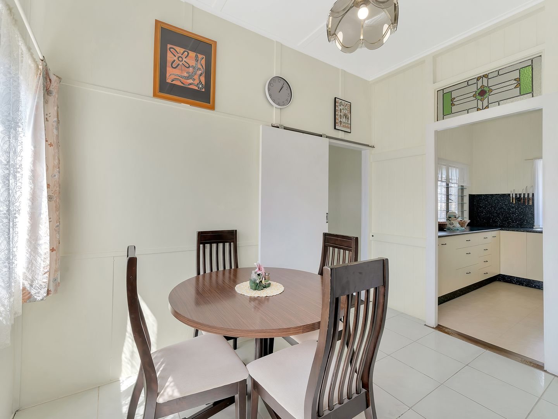 18 Abbotsford Street, Toogoolawah QLD 4313, Image 2
