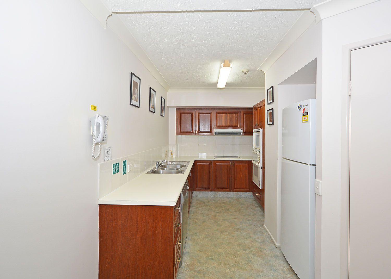 Unit 15, 451 Esplanade, Torquay QLD 4655, Image 2