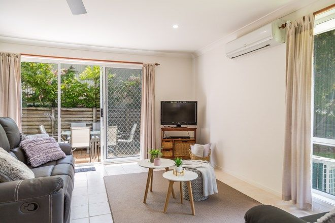 Picture of 4/16 Ocean Street, MOLLYMOOK NSW 2539