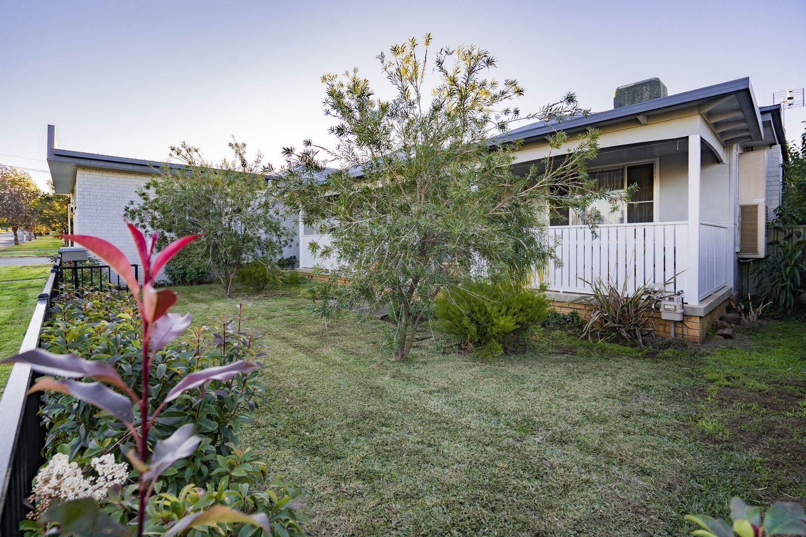 19 Dalgetty  Street, Narrandera NSW 2700, Image 2