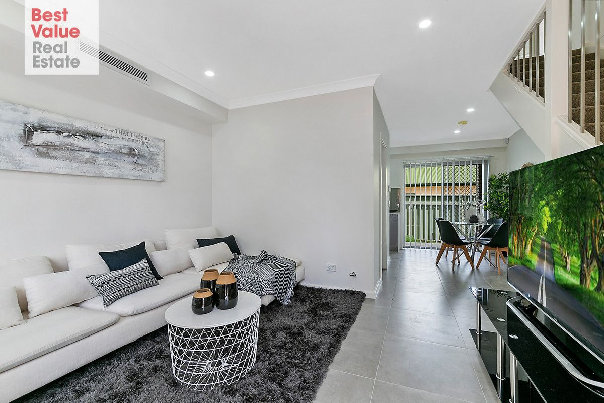 2/89A Adelaide Street, Oxley Park NSW 2760, Image 0