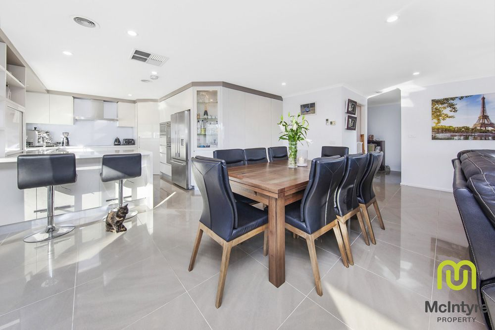 2 Woodger Place, Fraser ACT 2615, Image 2