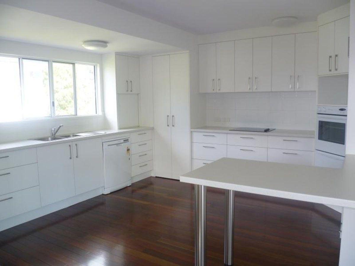 11 Kidston Street, Rockhampton City QLD 4700, Image 2