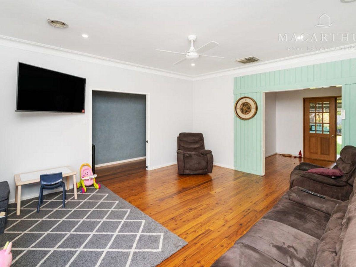 25 Leavenworth Drive, Mount Austin NSW 2650, Image 1