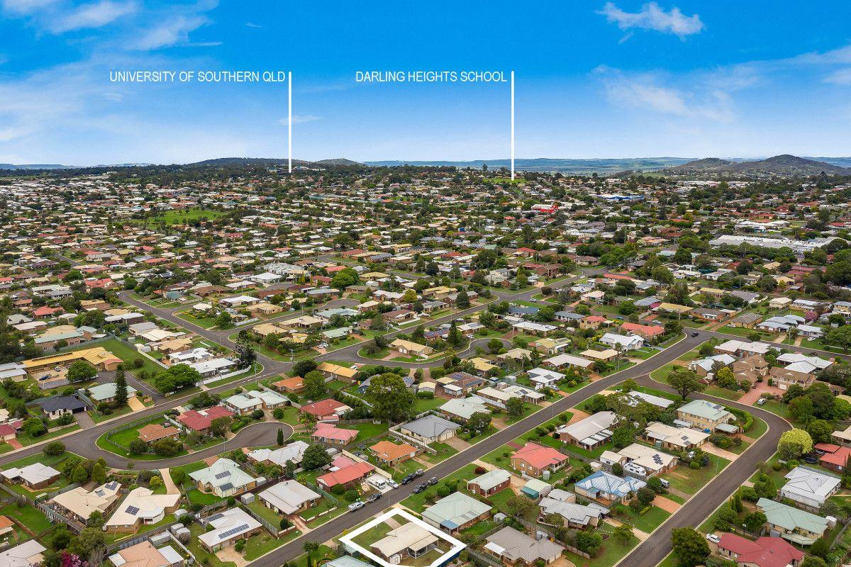 7 McIvor Street, Kearneys Spring QLD 4350, Image 0