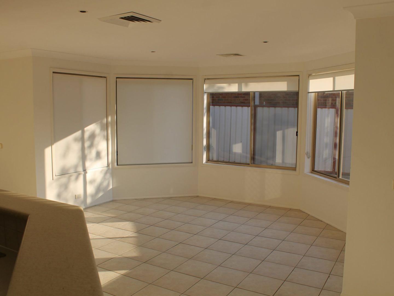 11 Cigolini Place, Kellyville NSW 2155, Image 2