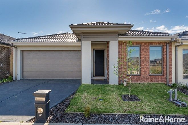 Picture of 9 Explorer Crescent, DIGGERS REST VIC 3427