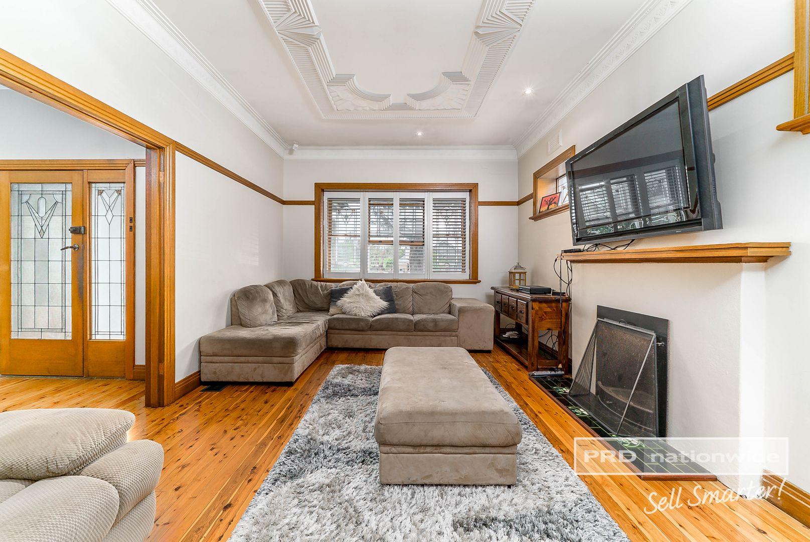 46 Brookong Avenue, Wagga Wagga NSW 2650, Image 2