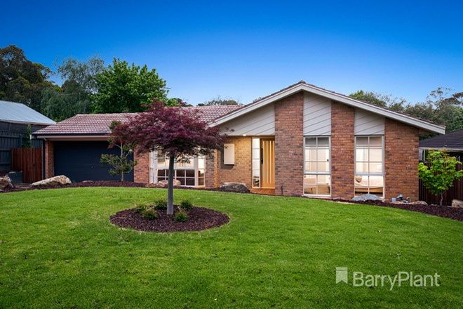 Picture of 17 Lakeside Crescent, CROYDON HILLS VIC 3136
