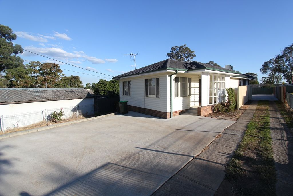 21 St Johns Road, Busby NSW 2168, Image 0