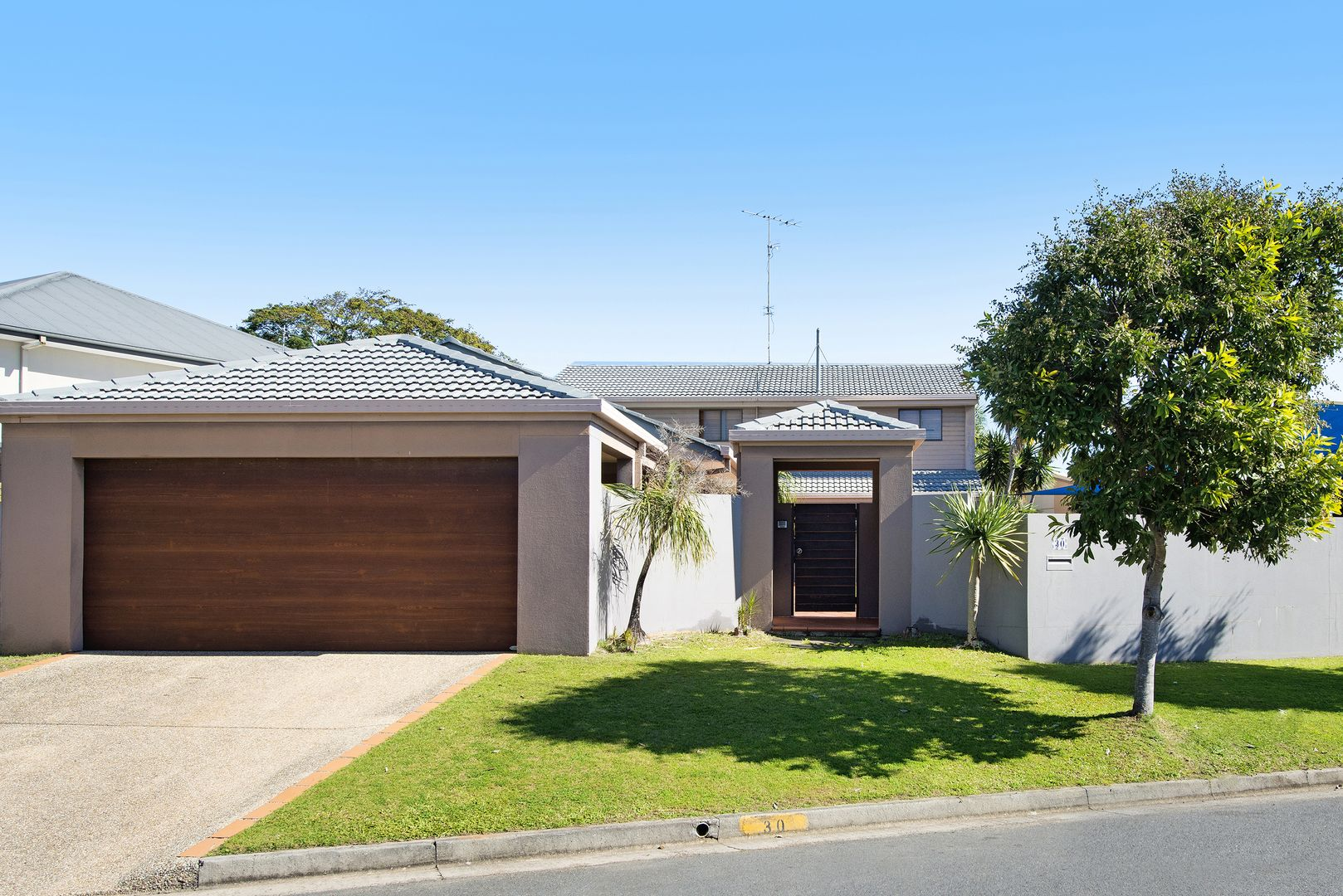 30 Blair Athol Crescent, Sorrento QLD 4217, Image 1
