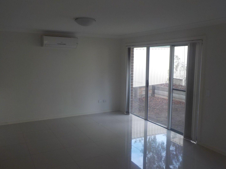 2/24 Brisbane Street, Oxley Park NSW 2760, Image 2
