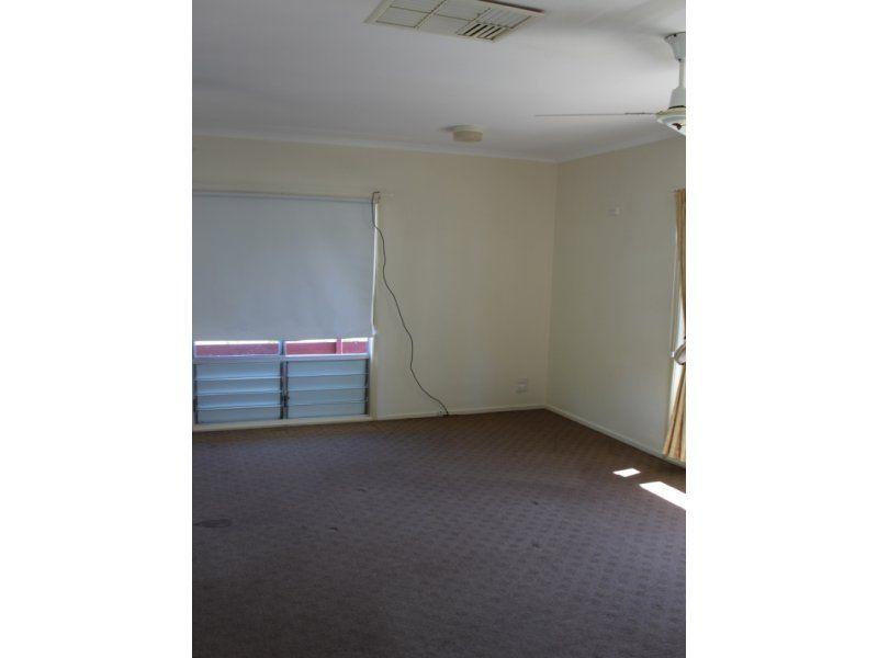 34 Mellish Crescent, Emerald QLD 4720, Image 1