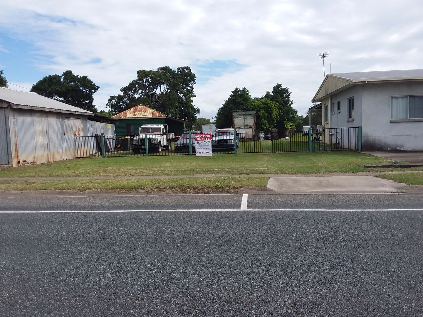 243-245 Bedford Road, Andergrove QLD 4740, Image 2