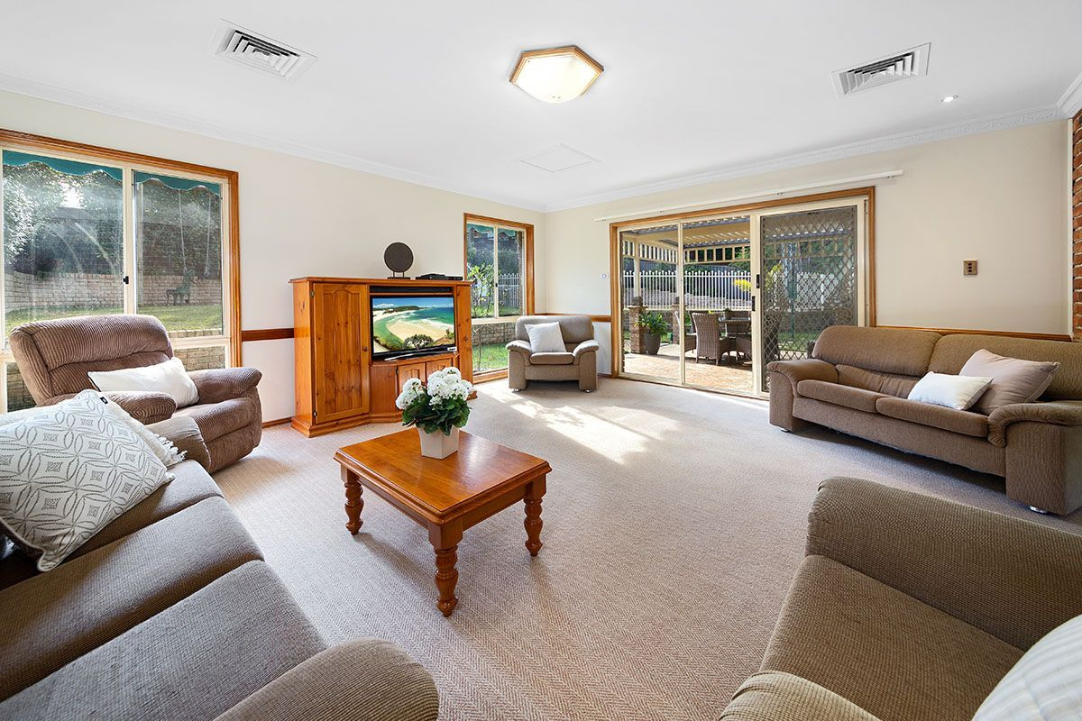18 Quarrion Place, Woronora Heights NSW 2233, Image 1