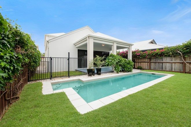 Picture of 26 Dominica Place, KAWANA ISLAND QLD 4575