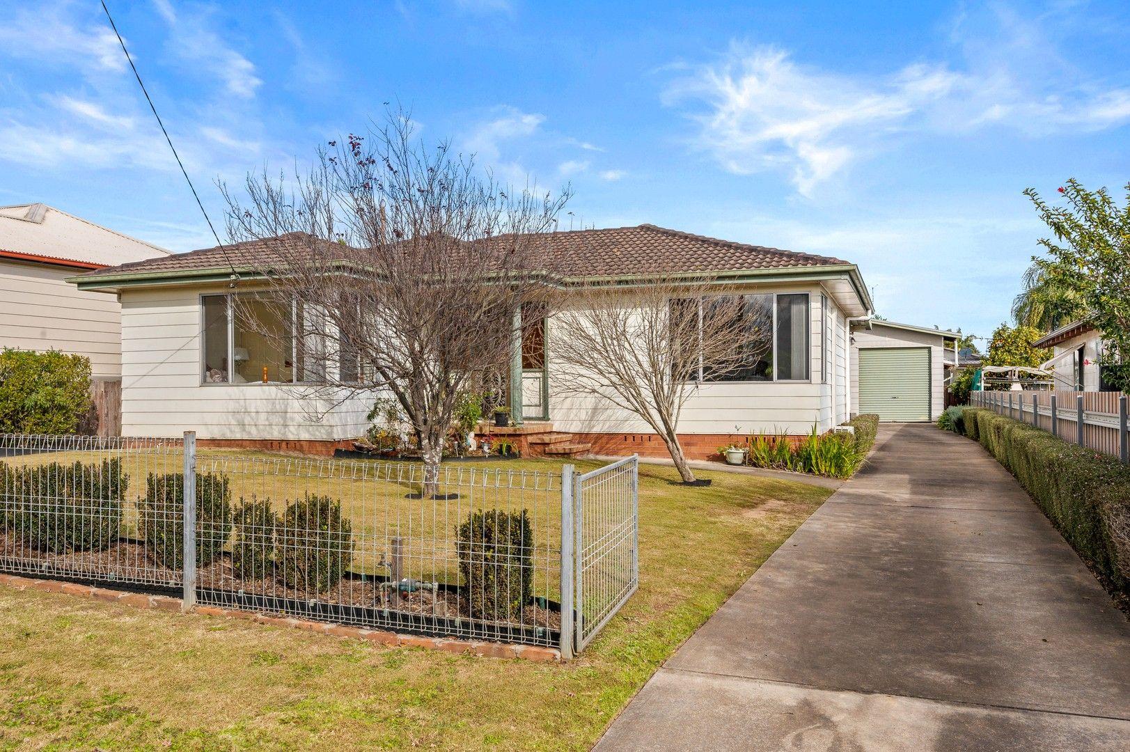33 Moore Street, Cessnock NSW 2325, Image 0