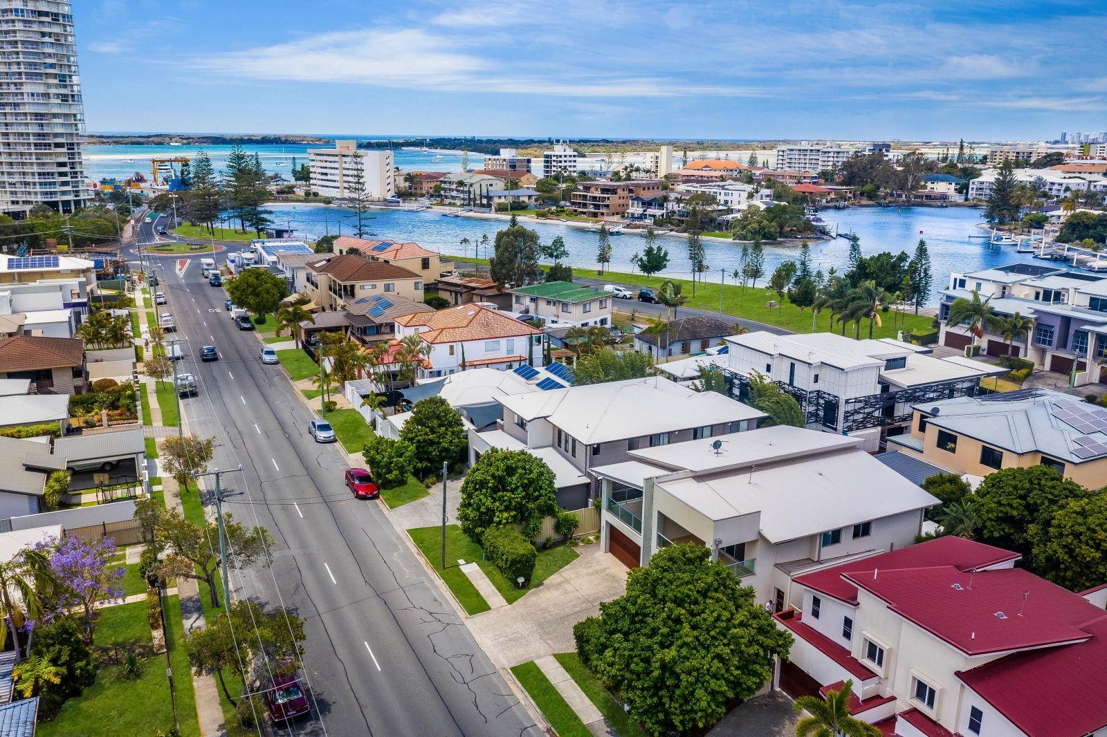 2/28 Ocean Street, Runaway Bay QLD 4216, Image 0