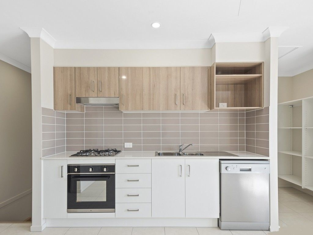 28 Maria Lane, Fitzgibbon QLD 4018, Image 2
