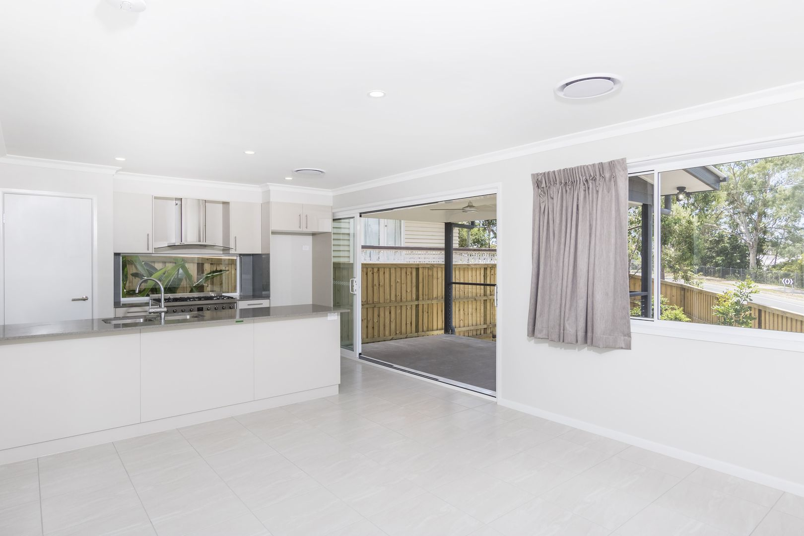 4 Canopus Street, Coorparoo QLD 4151, Image 1