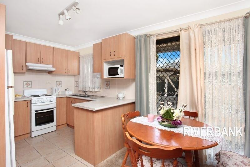 56 Pavesi Street, Guildford NSW 2161, Image 2