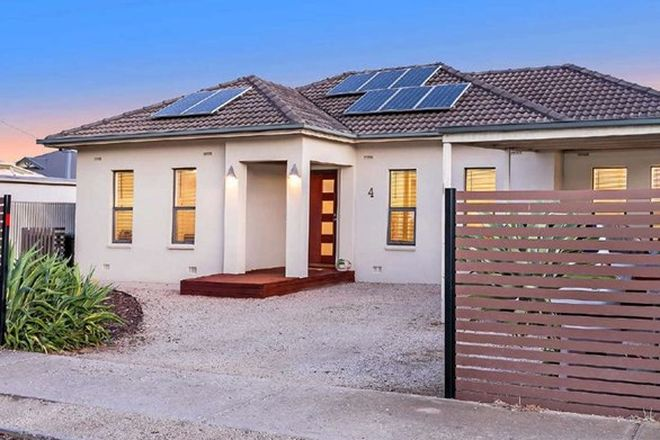 Picture of 4 Waverley Street, LARGS BAY SA 5016