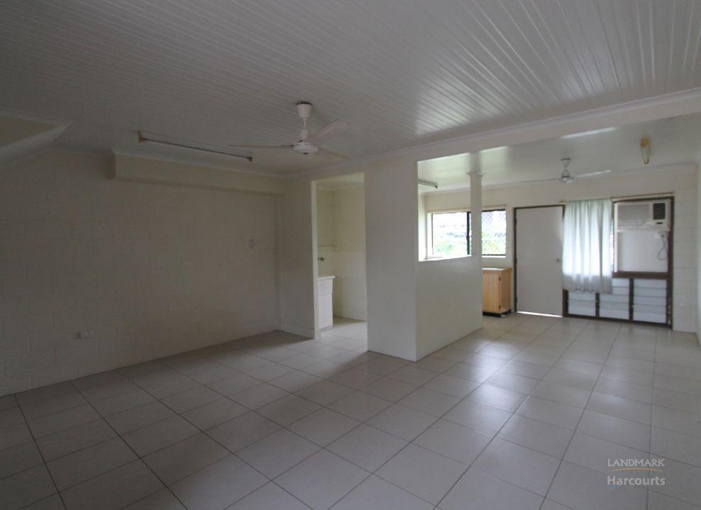 2/1 Wilmington Street, Ayr QLD 4807, Image 0