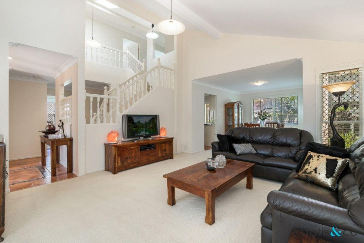 8 Deborah Place, Westlake QLD 4074, Image 1