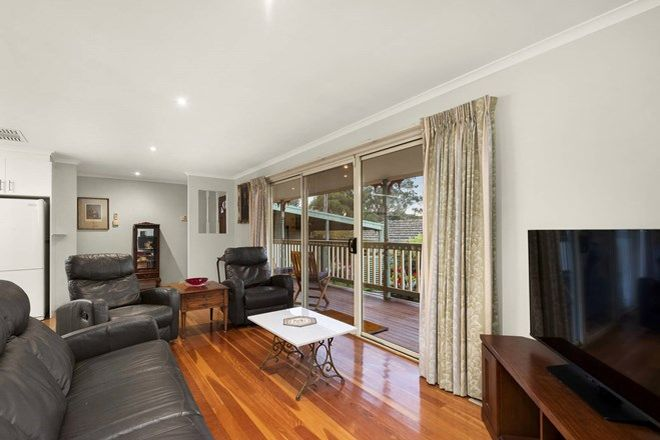 Picture of 2/3 Reynolds Road, WATTLE GLEN VIC 3096