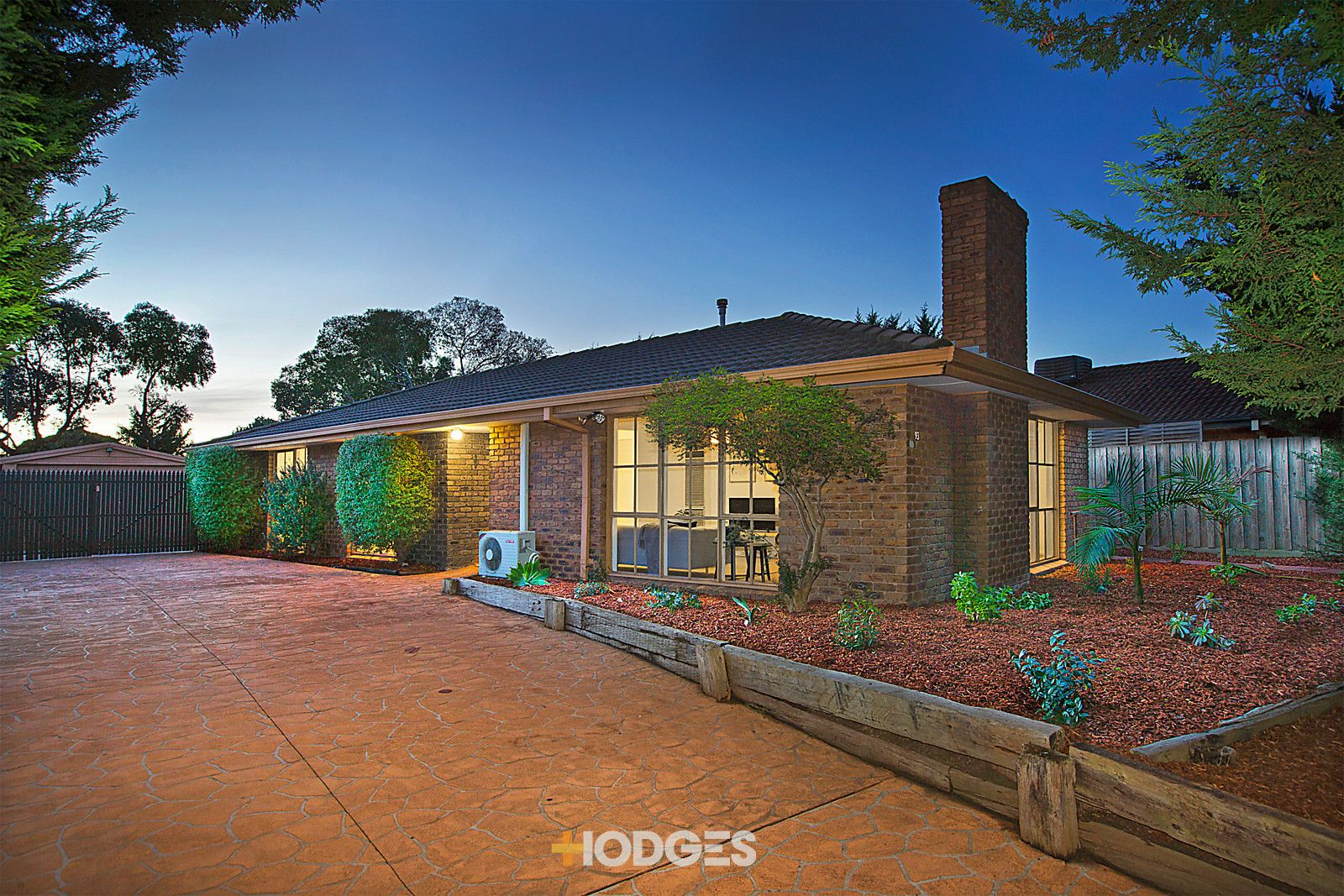 93 Lyrebird Drive, Carrum Downs VIC 3201, Image 0