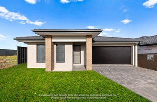 Picture of 8 Vesna Avenue, Clyde North VIC 3978