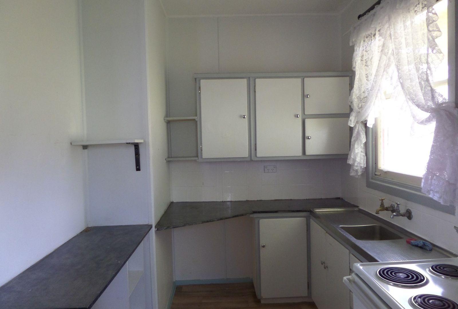 13 Flood Street, Narrandera NSW 2700, Image 8