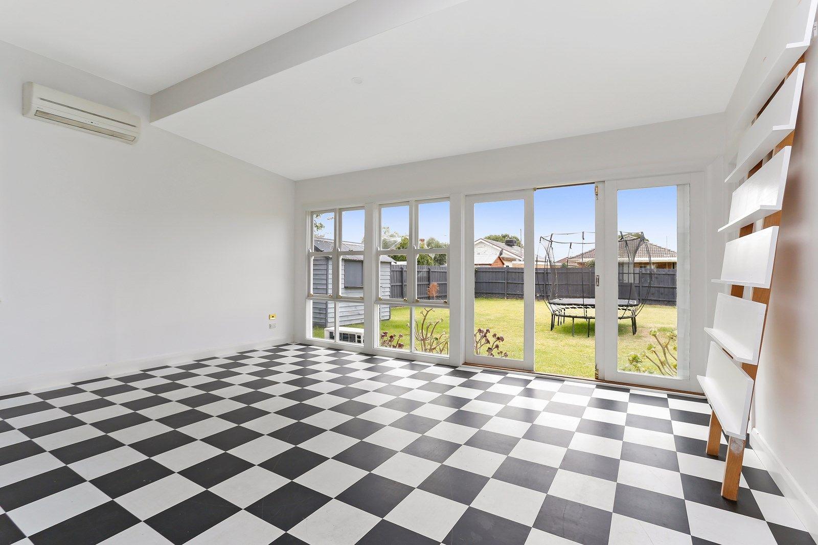 104 Gordon Street, Coburg VIC 3058, Image 2