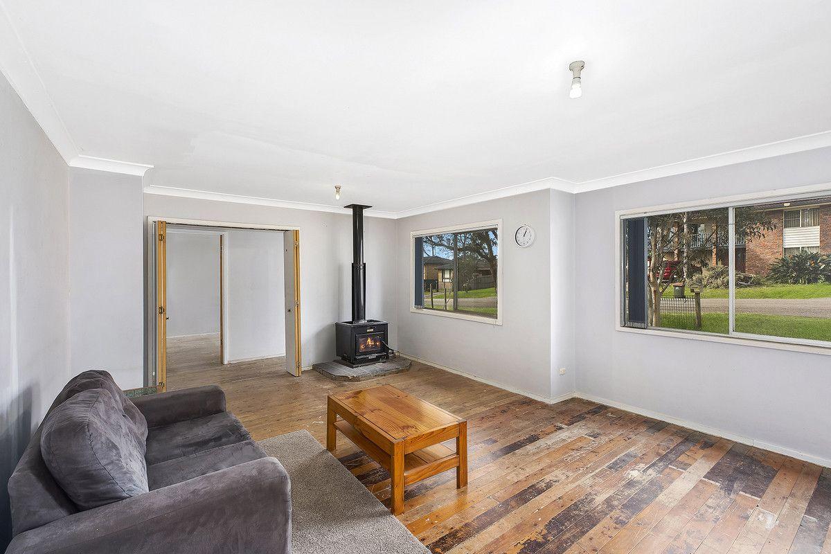 8 Blackford Avenue, Kanwal NSW 2259, Image 1