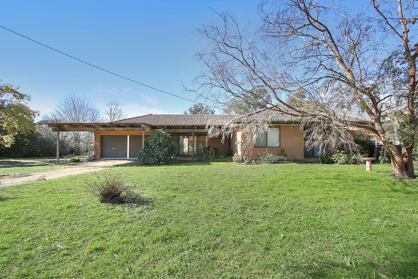 105-107 Fallon Street, Jindera NSW 2642