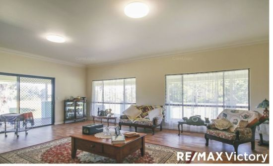 380 Beachmere Road, Beachmere QLD 4510, Image 0